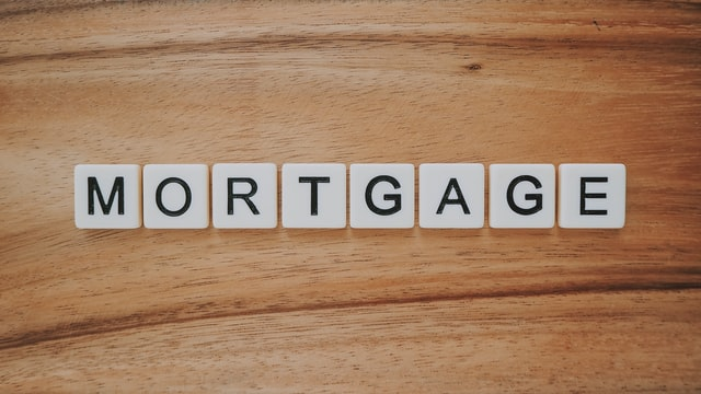 Read more about the article How Mortgage Shoppers Can Save $2K in Extra Fees